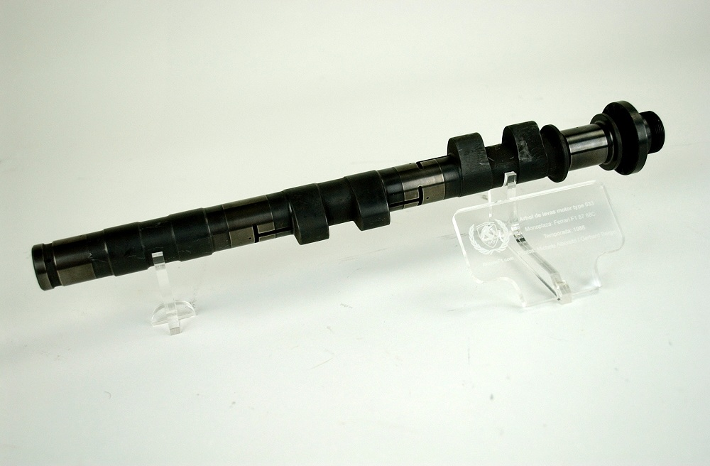 Camshaft Ferrari engine type 033