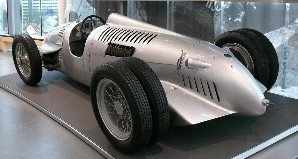 Auto Union type D double rear wheel
