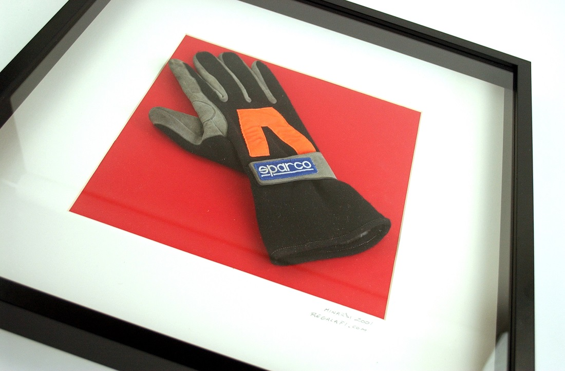 Minardi 2001 wheel mechanic glove