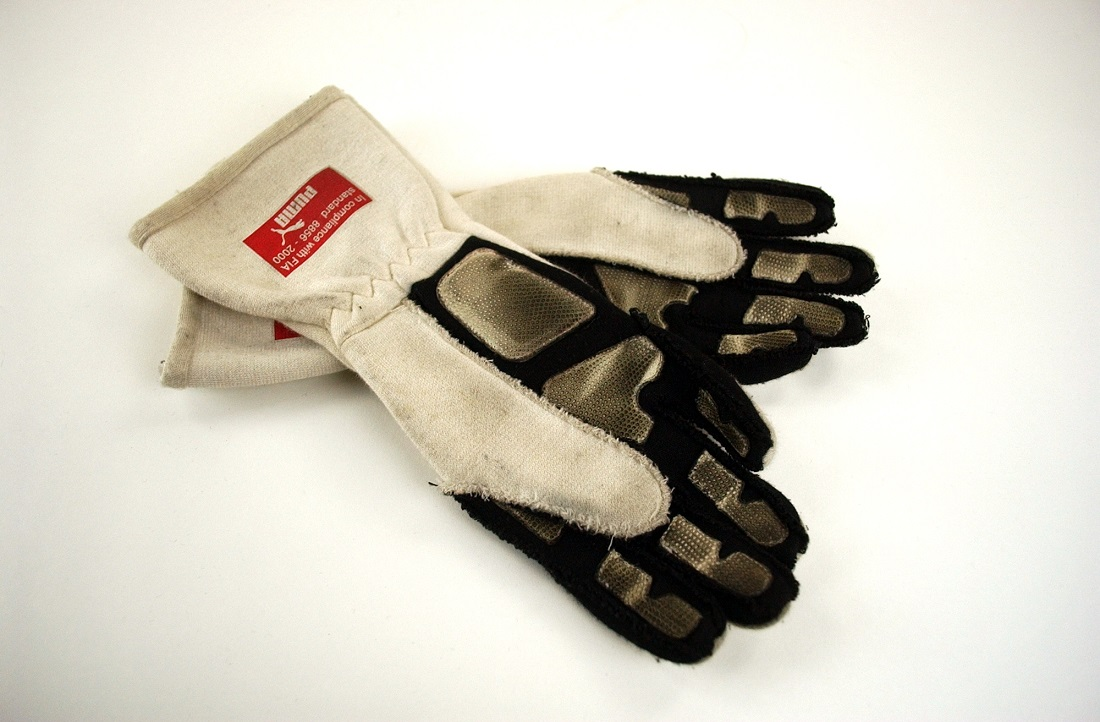 2009 Fernando Alonso original gloves - Click Image to Close
