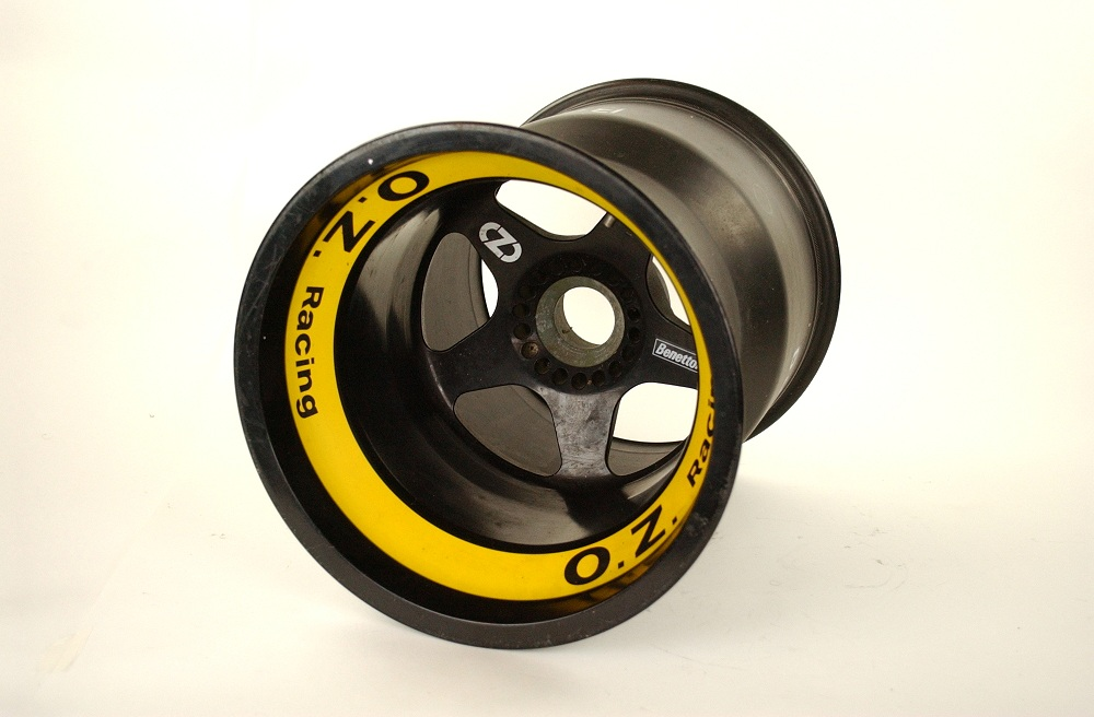 Benetton B191 rear wheel