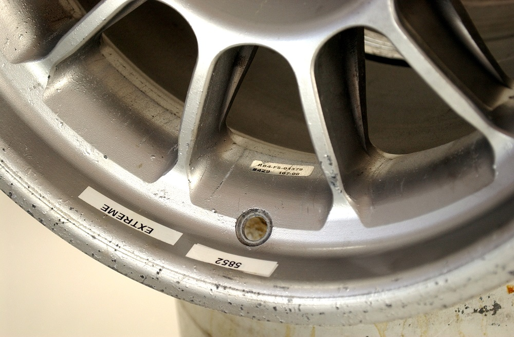 Red Bull RB4 front wheel